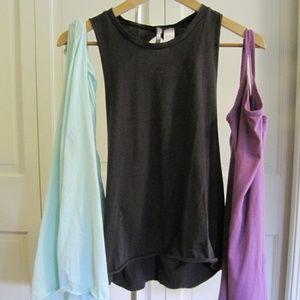 BKE Lot of 3 tanks Small & XSmall